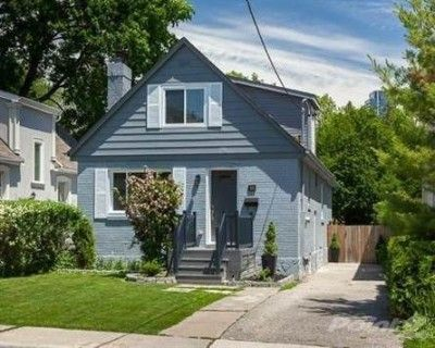 3 Bedroom House For Sale In Toronto Near Royal York Lakes