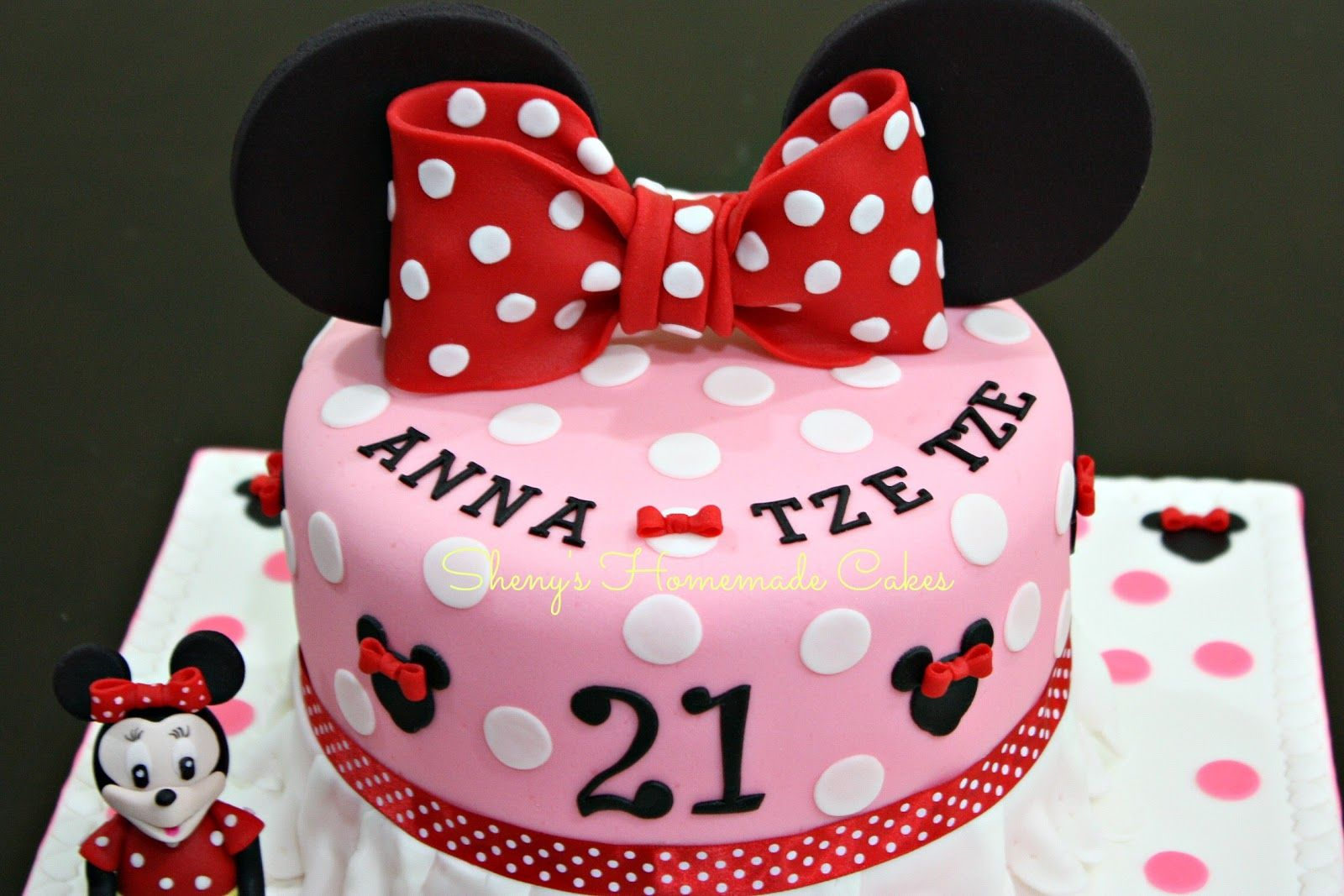 Minnie Mouse Cake 21st birthday cake for a young lady who loves