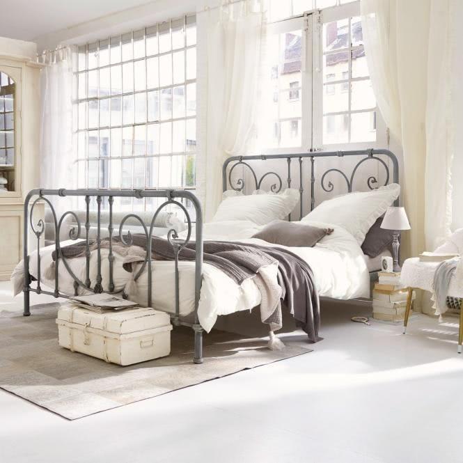 Bett Genouillé Haus deko, Schlafzimmer einrichten ideen