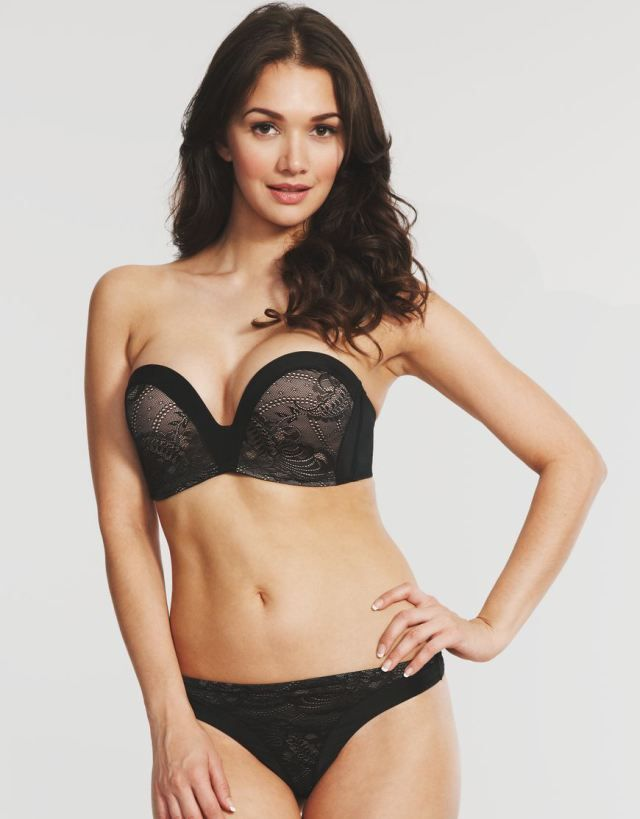 dd313ef13293e Wonderbra Ultimate Strapless - the ABSOLUTE BEST strapless bra out there if  you ve got a big bust!