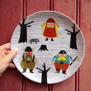 I love Vikings in the winter time. These Vikings come straight from Germany and are original designs by herzensart.  The plates are melamine and will last and are great for kids as well as adults. So cute. 16.90 euros at herzensart.