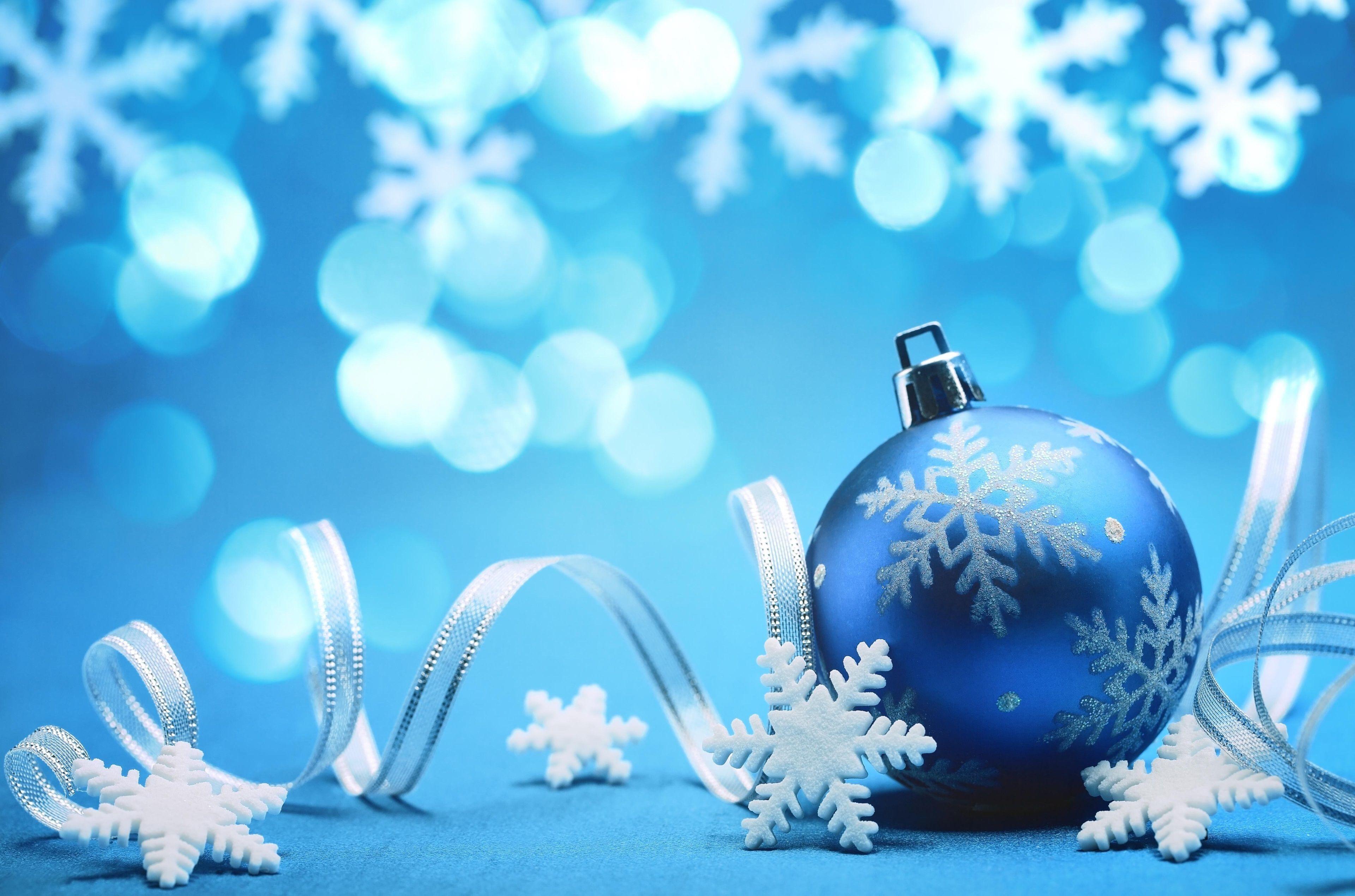 3840x2540 Christmas 4k High Definition Wallpaper Christmas Wallpaper Hd Blue Christmas Ornaments Teal Christmas Wallpaper