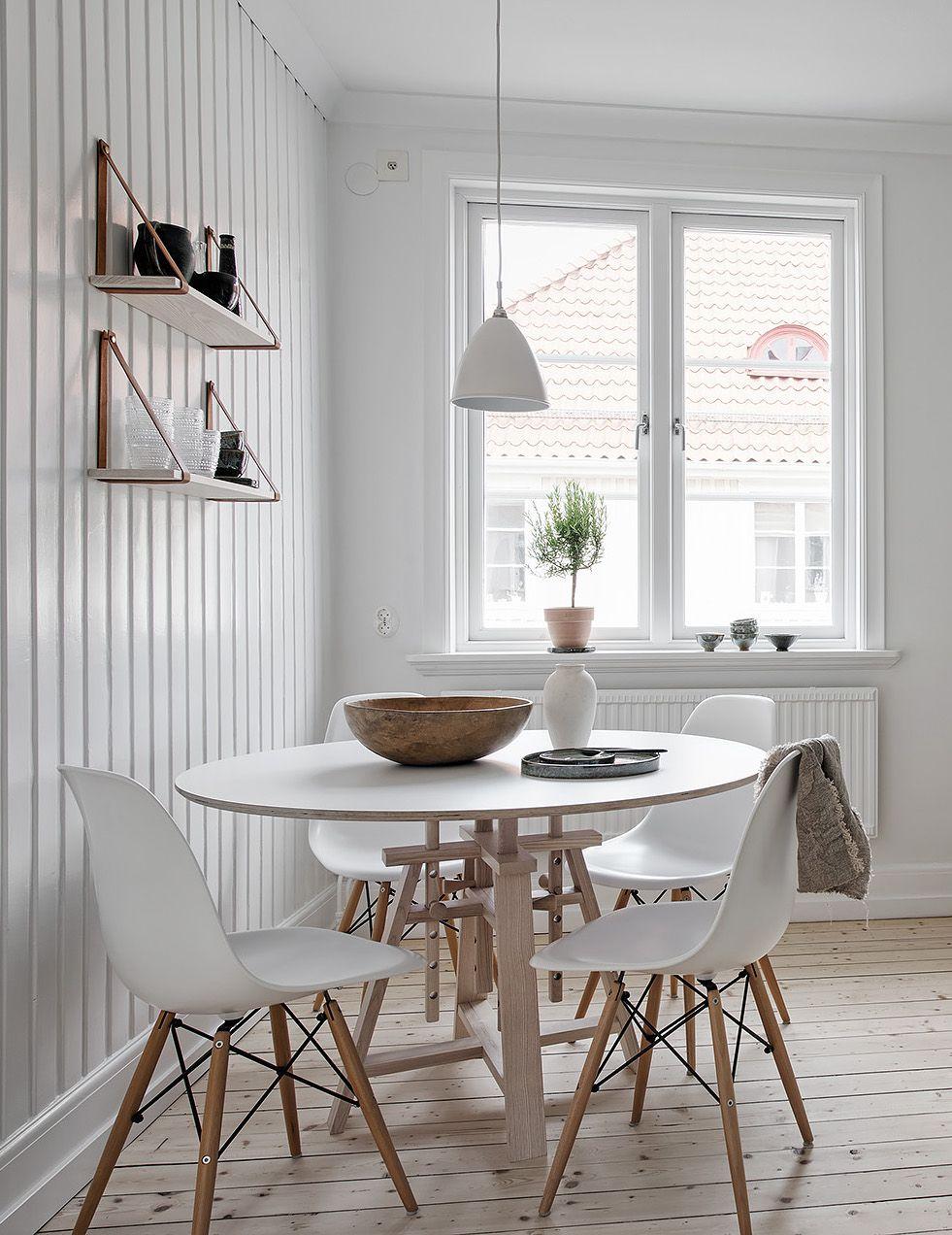 scandinavische style grenen smalle houten planken vloer