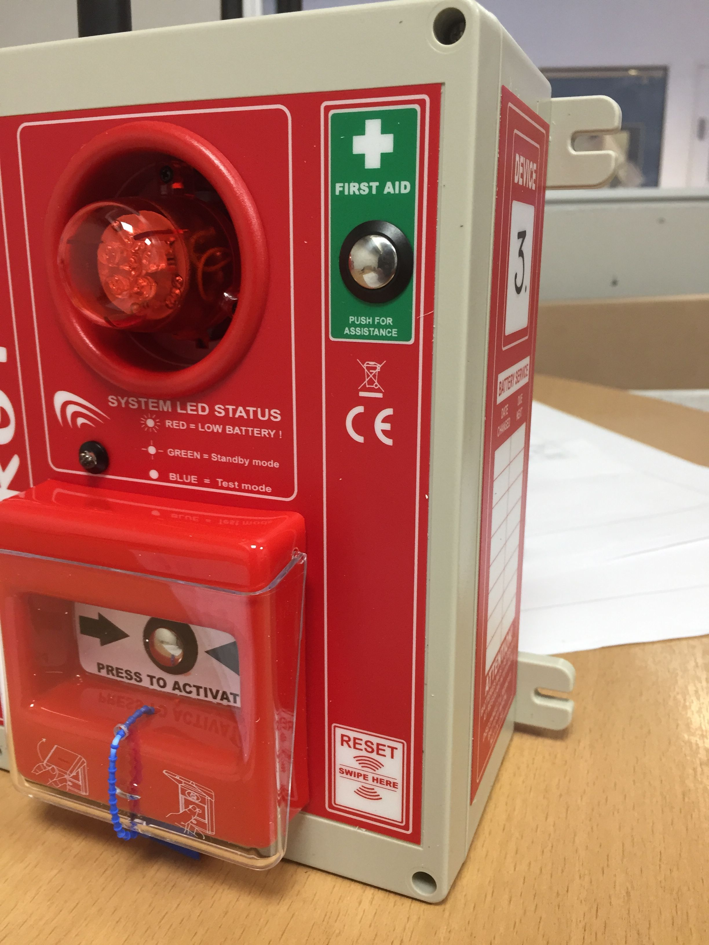 Wireless Fire Alarm call point with added First Aid