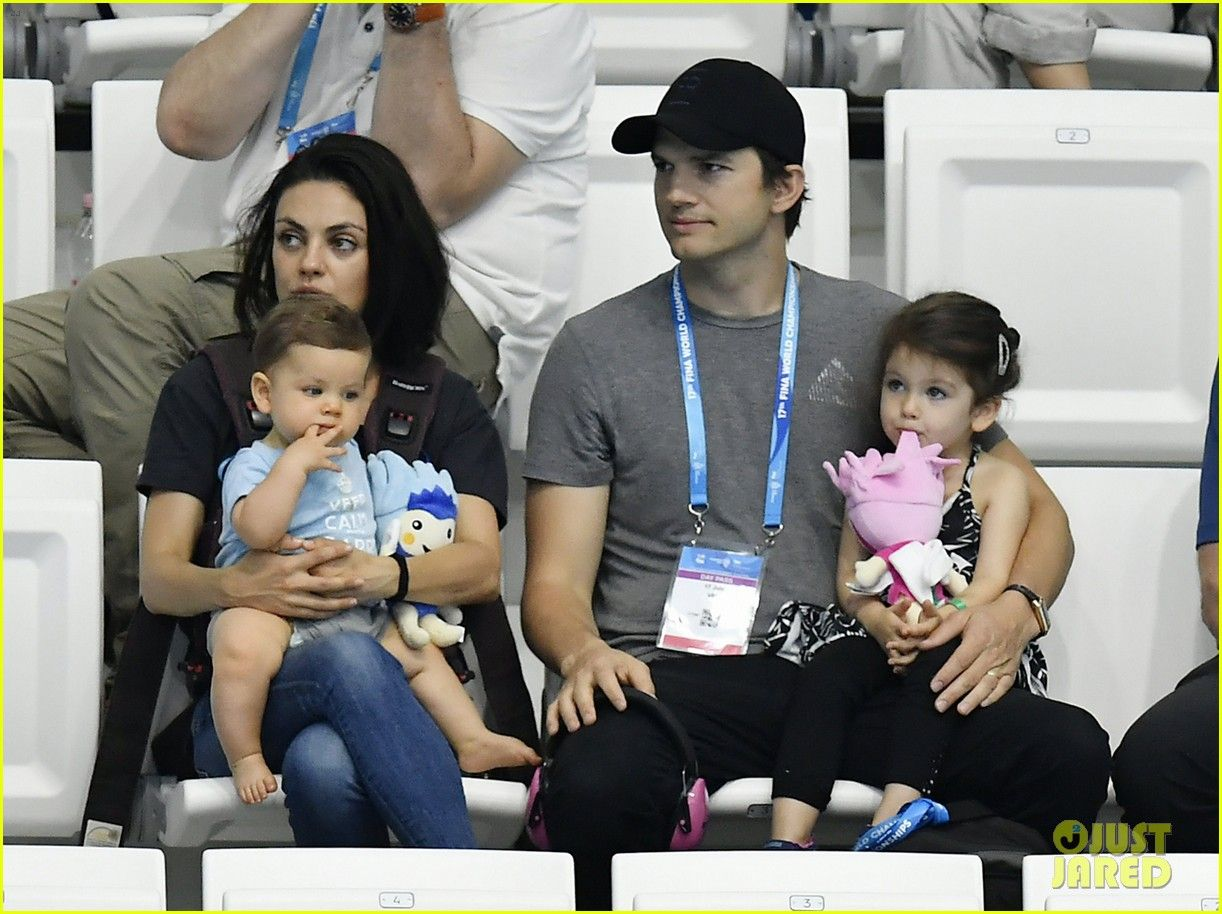 Ashton Kutcher Mila Kunis Celebrity Kids That 70s Show Mila