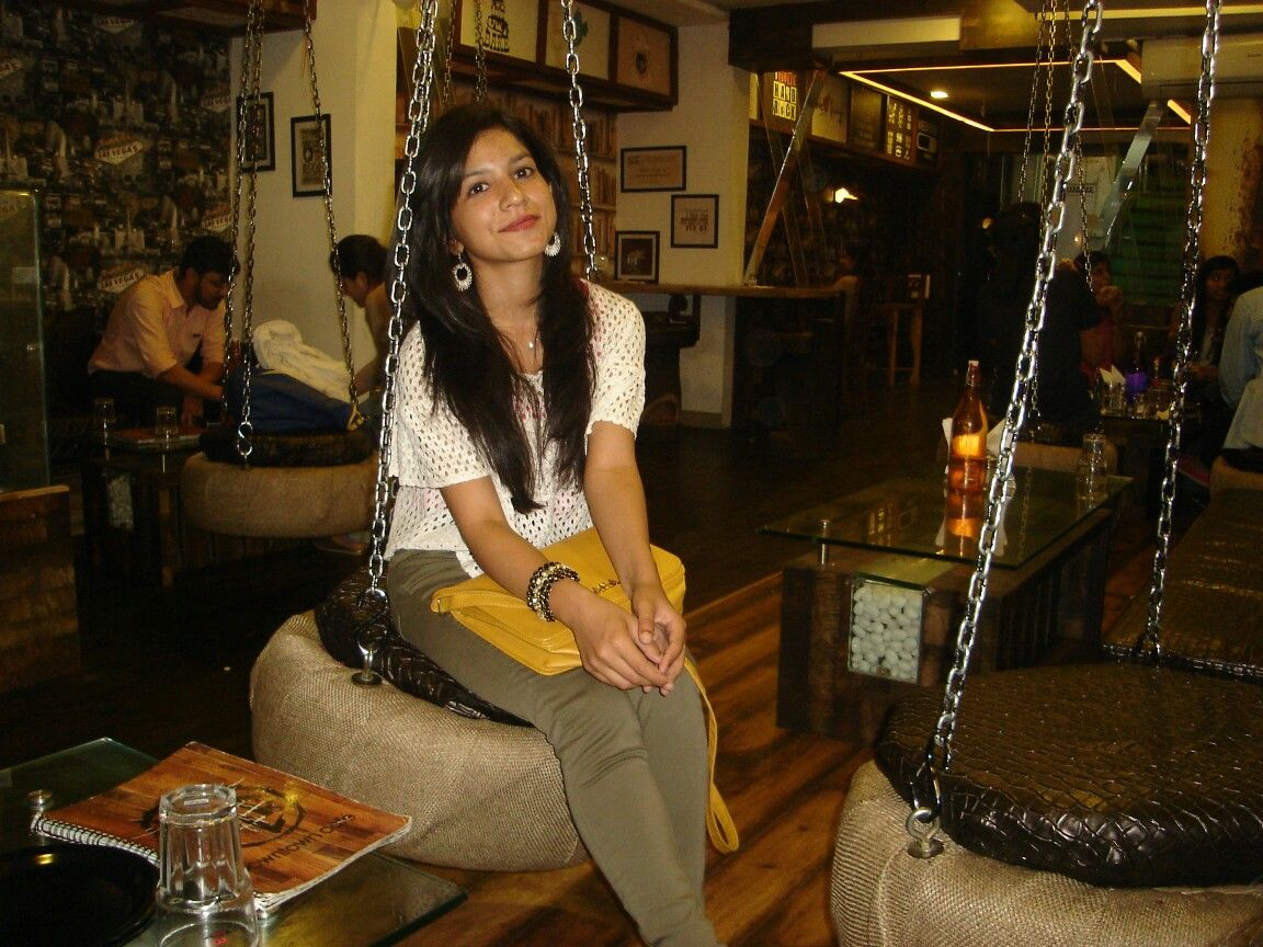 Lovely Ambience Down Town Cafe Indore Fashion Madhya Pradesh