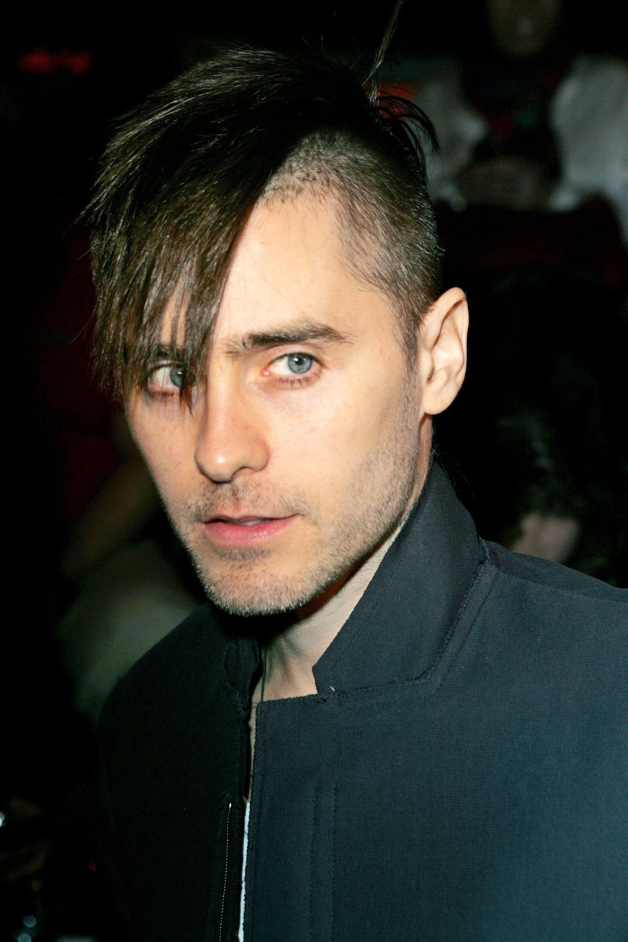 Jared Leto Shows Off Normal Hair At The Mtv Movie Awards Jared Leto Hair Jared Leto Haircut Jared Leto Short Hair