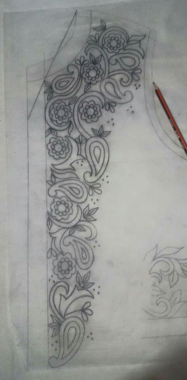 Pin de brinda patel en Embroidery salwar suits | Pinterest | Bordado ...