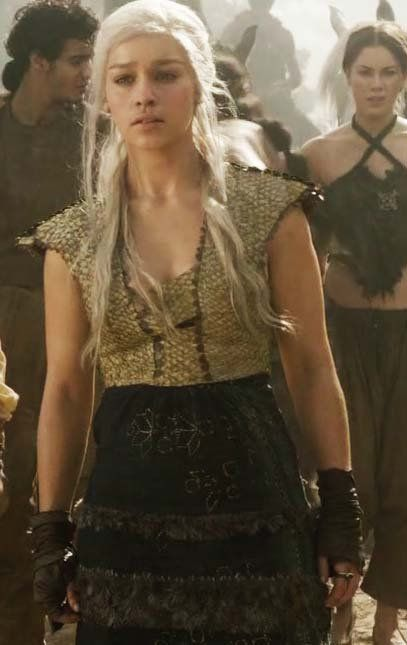 a6d79d2c5f48a Pregnant Outfit | Ref- Daenerys Targaryen - S1 | Game of throne ...