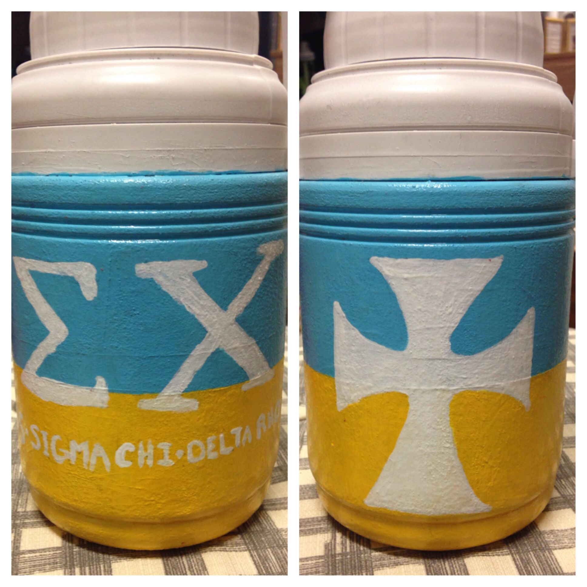Dining Room At Kendall College: Sigma Chi, Alpha Chi, Tableware