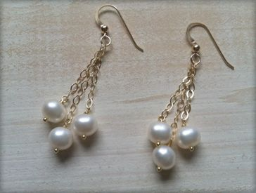 Bridesmaid Pearl Chain Earrings.