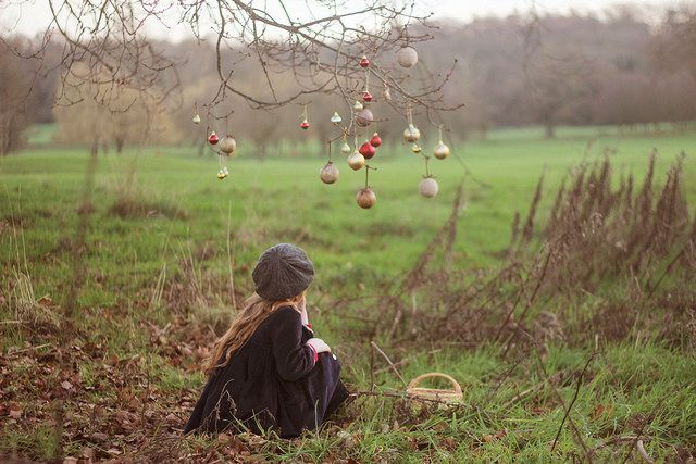 Let's decorate a lonely tree - Keri-Anne