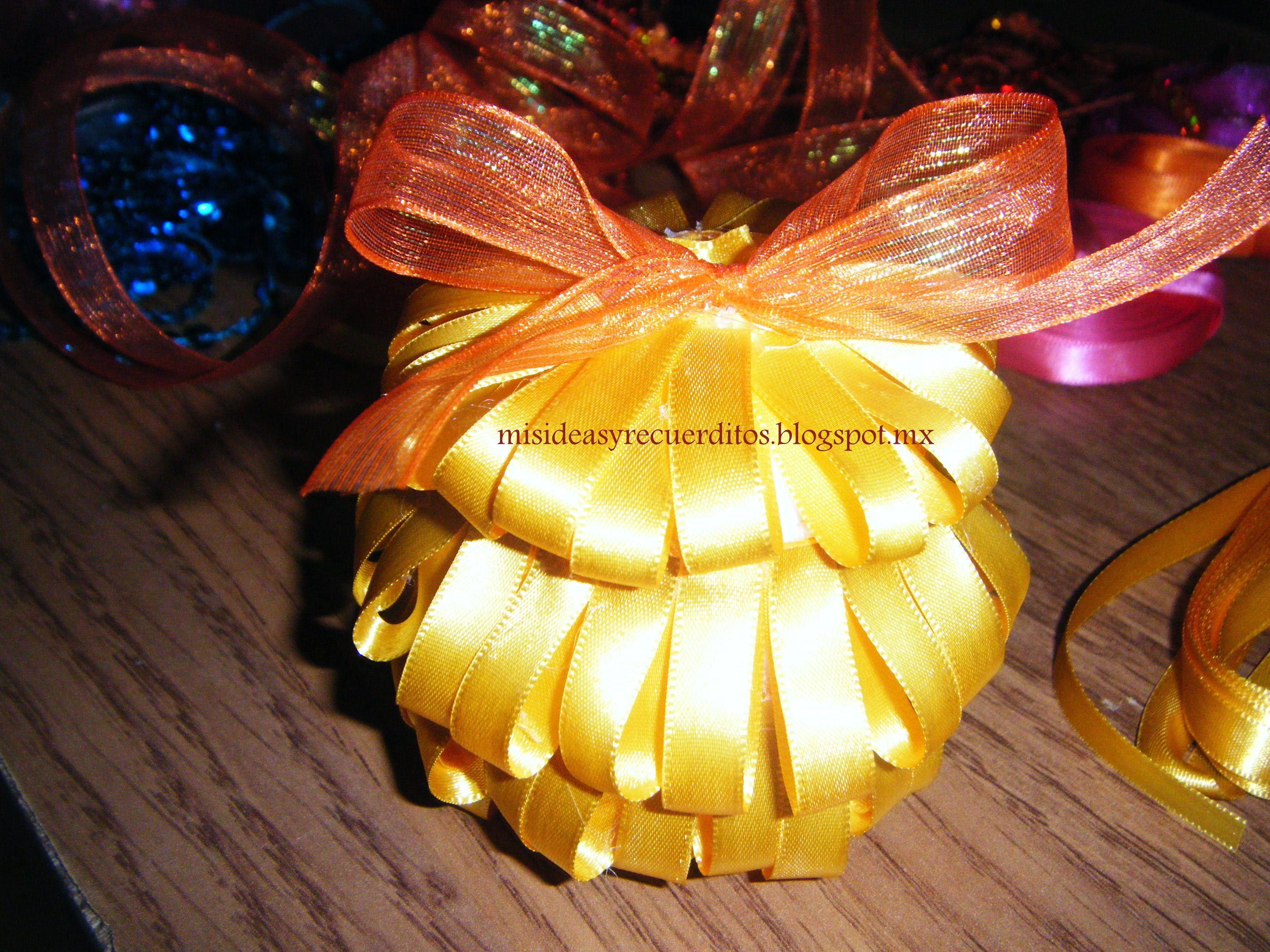 Esferas con listones. Fácil y bonitas. misideasyrecuerditos.blogspot.mx