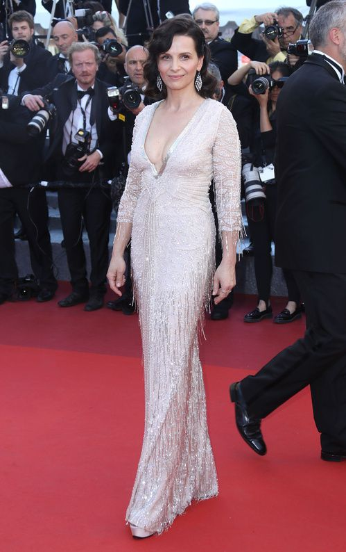 Cannes 2016 - Juliette Binoche in Roberto Cavalli Couture - Day 10 (montée des marches The Last Face)