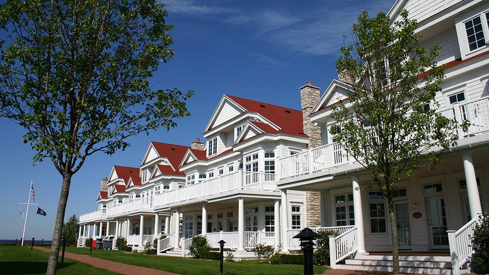lakeside cottages at bay harbor michigan lodging pinterest rh pinterest com bay harbor cottages michigan bay harbour cottages