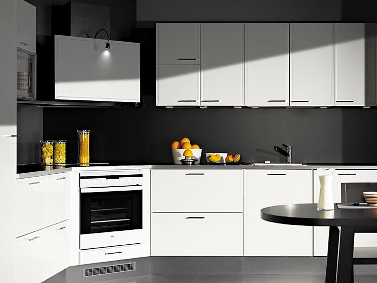 Kulma  valkoinen  Keittiöt  Topilta  Pinterest  Case study, Kitchens an