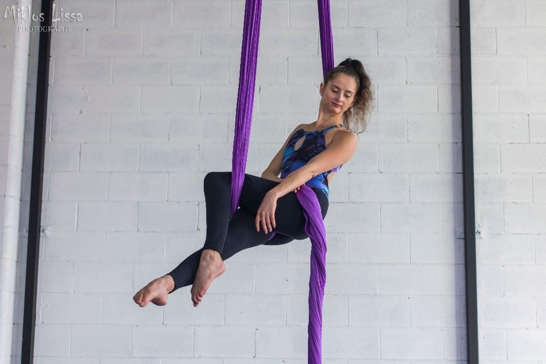 jun Women, Aerial silks, Sport wear