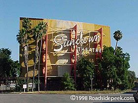 Los Angeles County Drive In Theatres 1 Drive In Theater Drive In Movie Theater Whittier California