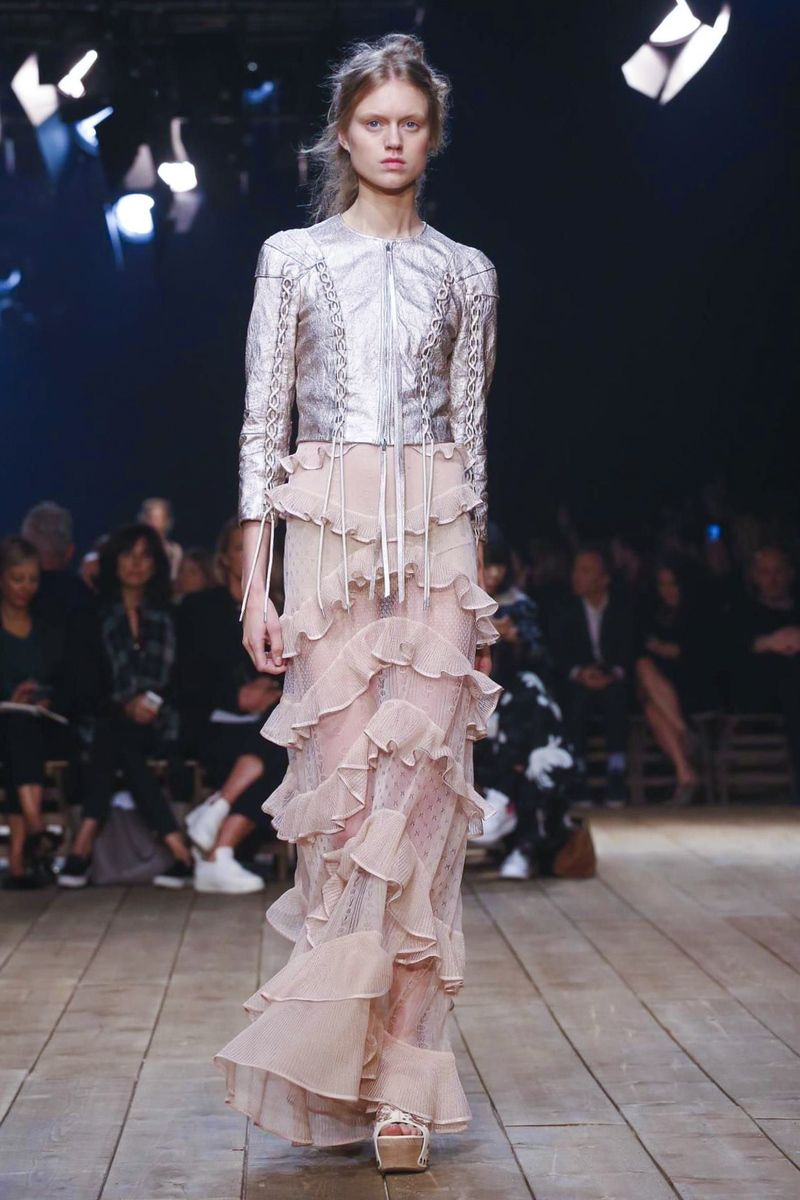Alexander McQueen SpringSummer 2014 RTW – Paris Fashion Week