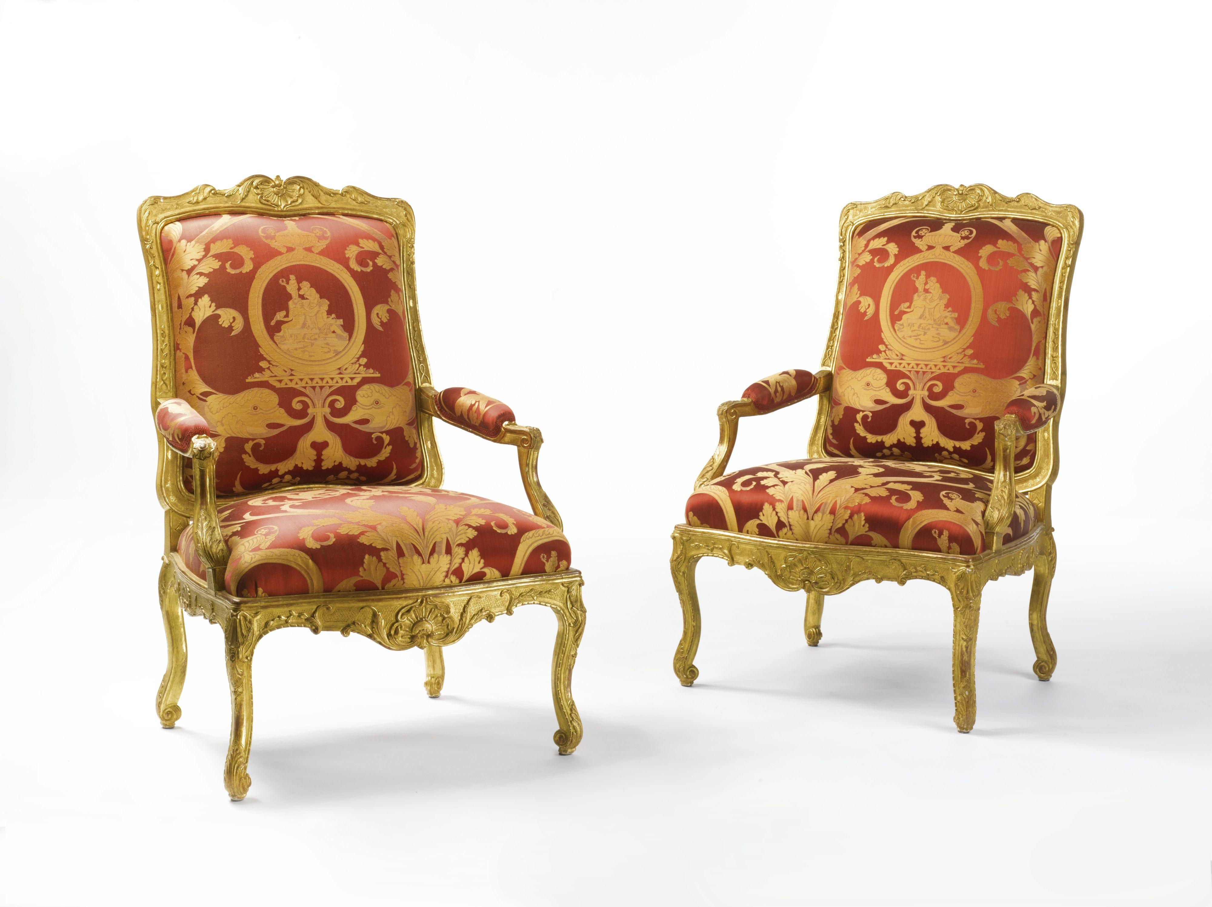 Un par de sillones r gence tallados y dorados c 1720 for Sillones clasicos ingleses