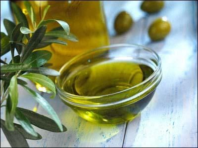 How to Remove Olive Oil From Carpet