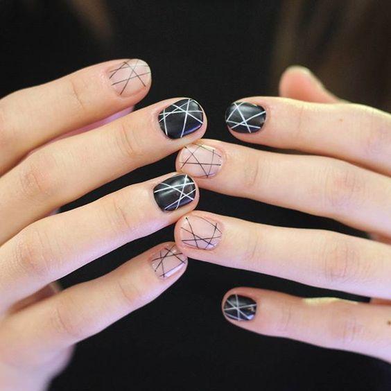 Minimalist nail art ideas 2017 styles art nailz pinterest minimalist nail art ideas 2017 styles art prinsesfo Gallery
