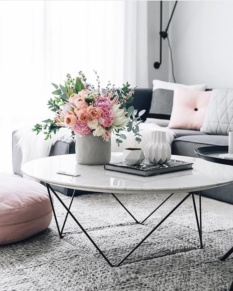 White Marble Coffee Table With Flowers And Grey Couch Home Decor Design Pink Flowers Pink And Grey Color Pa Living Decor Decor Living Room Scandinavian