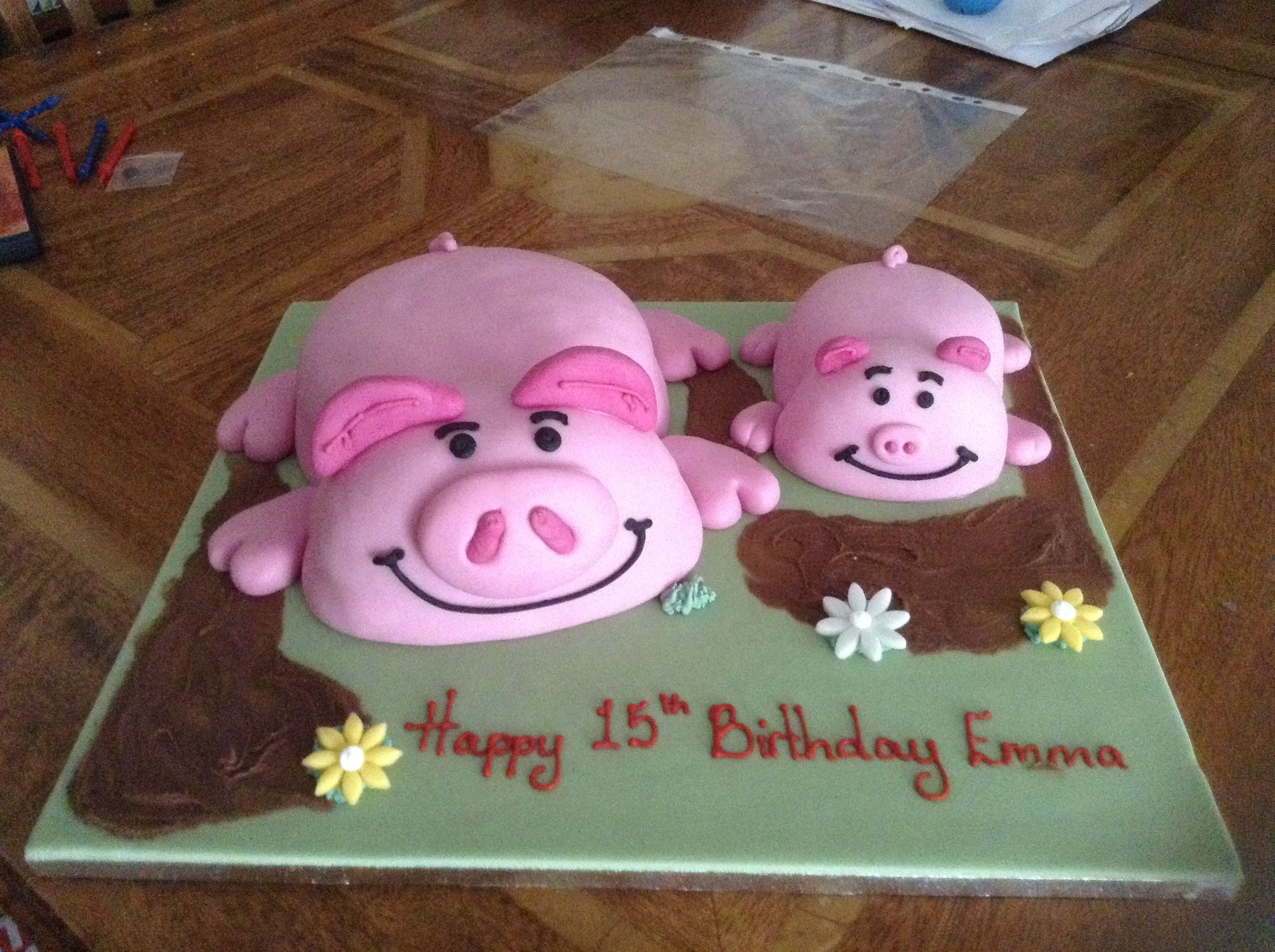 My Sisters Birthday Cake She Loves Percy Pigs So We Got Her A - Owl percy pig birthday cake