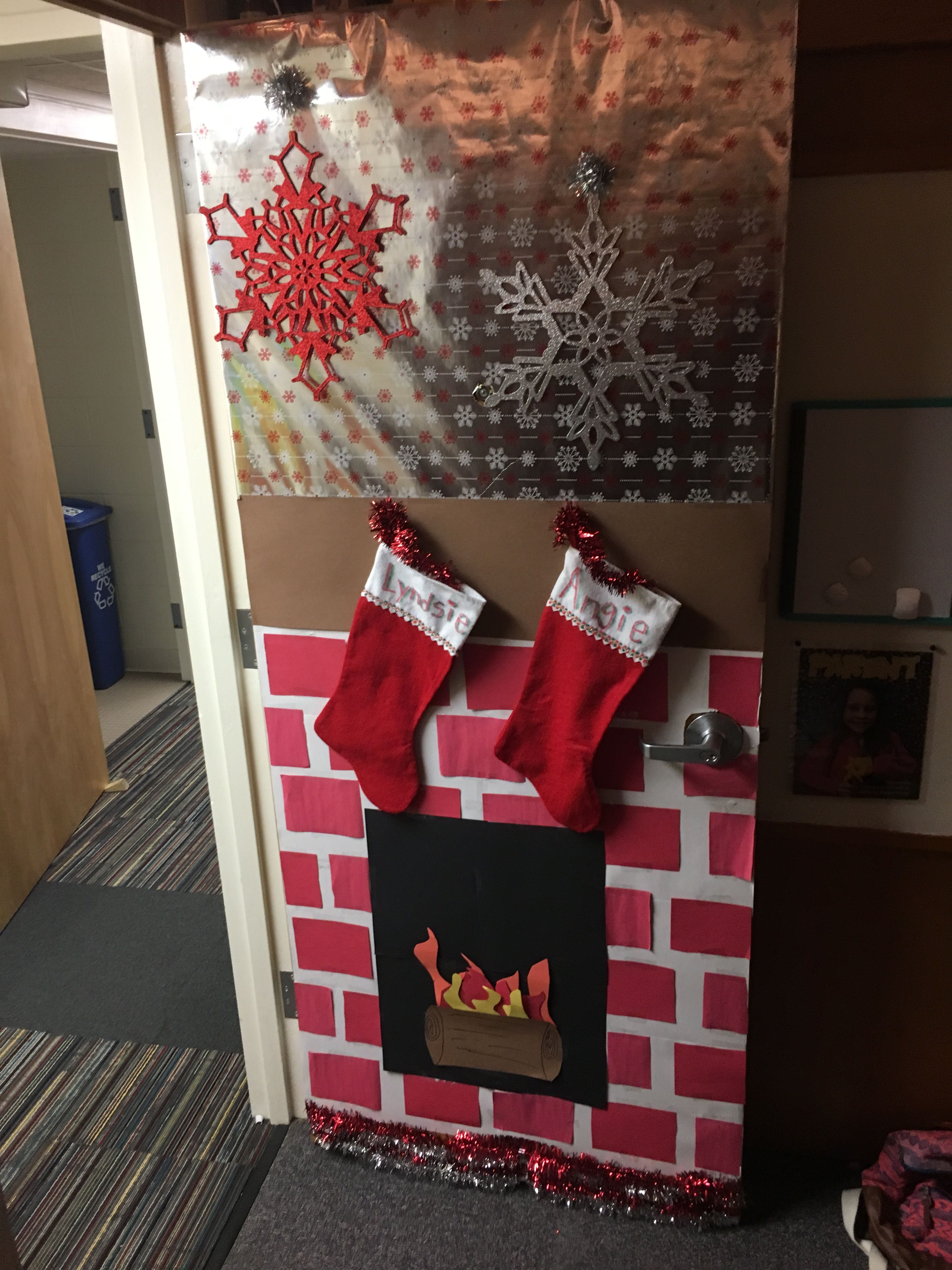 Cute dorm door by lyndsietodd16 christmas decorations do it cute dorm door by lyndsietodd16 christmas decorations do it yourself diy solutioingenieria Image collections