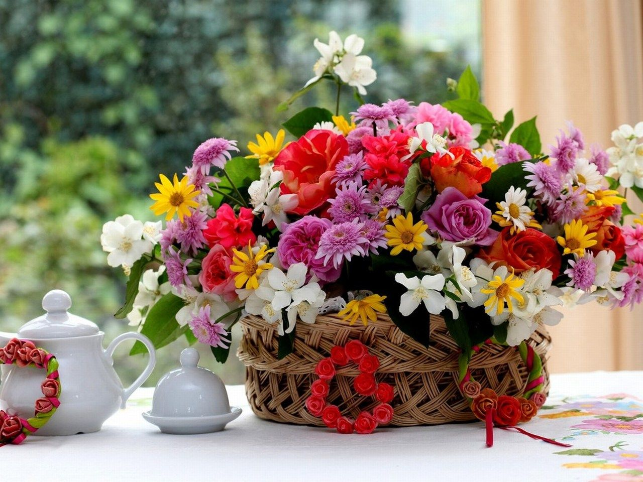 Some Nice Flowers For You And Your Dearest And Nearest Boquets