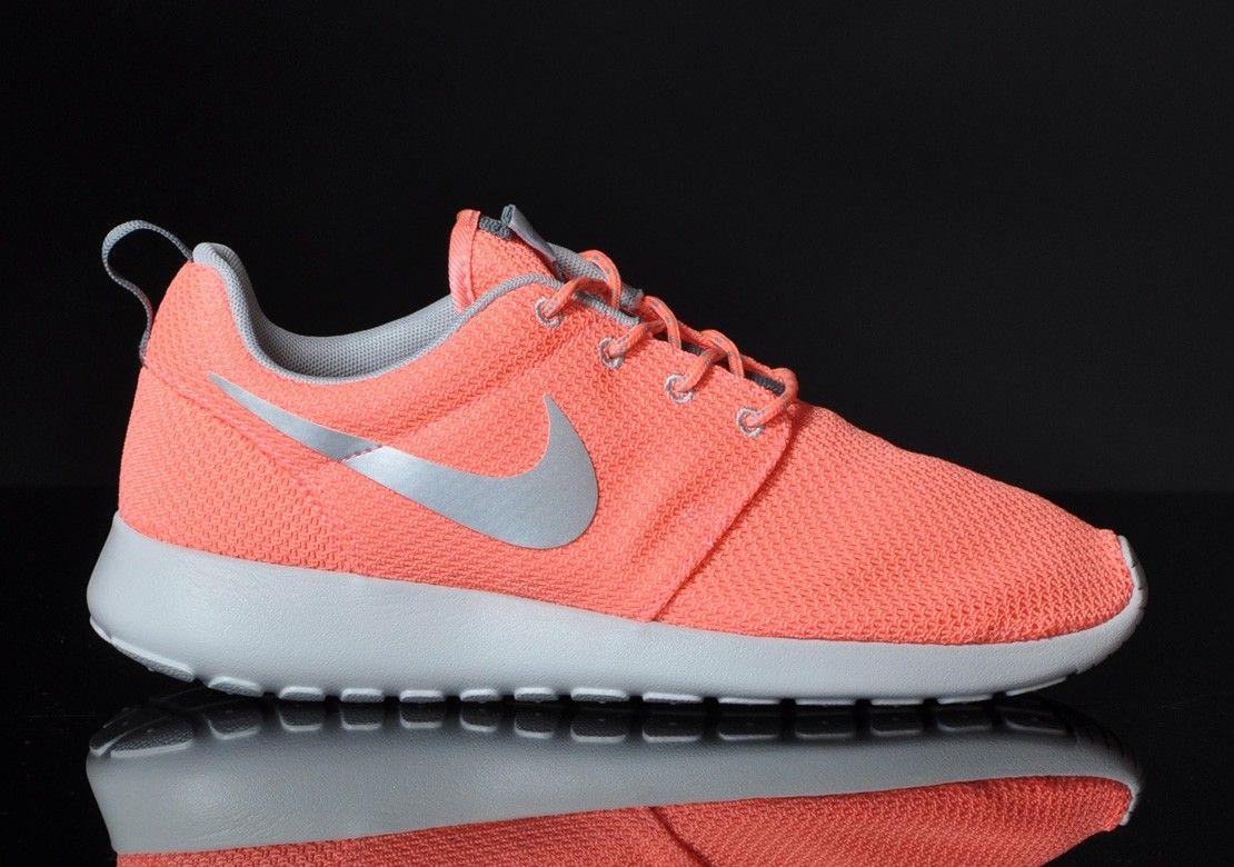 Chaussures Nike Roshe Run Rose/Pink Gris/Grey prix de gros