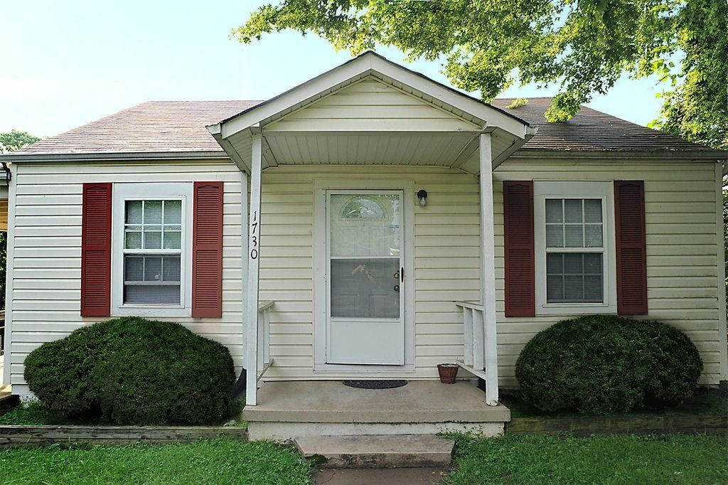 1730 Brown Ave Nw Cleveland Tn Renting A House Large Backyard House Rental