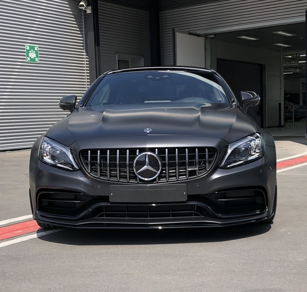 The Mercedes Amg C 63 S Coupe Always Looks Breathtaking In