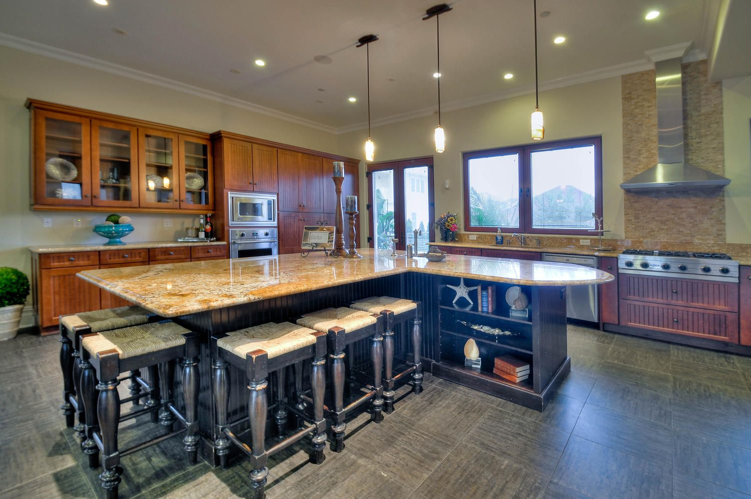 Large Kitchen Island With Seating And Storage Kitchen Island