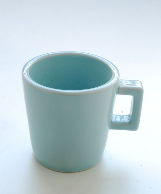 tazza azzurra. diametro cm.7,5x9,5xh.8.