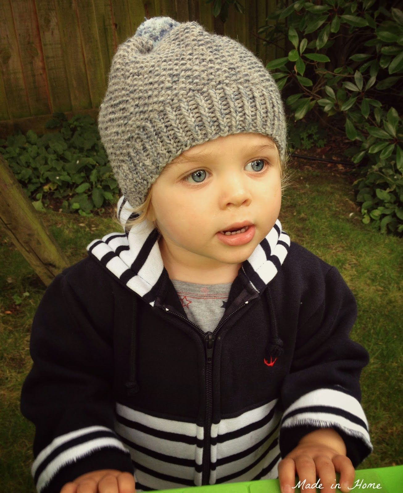 Made in home toddler pompom beanie hat a free pattern knitting made in home toddler pompom beanie hat a free pattern knitting bankloansurffo Choice Image