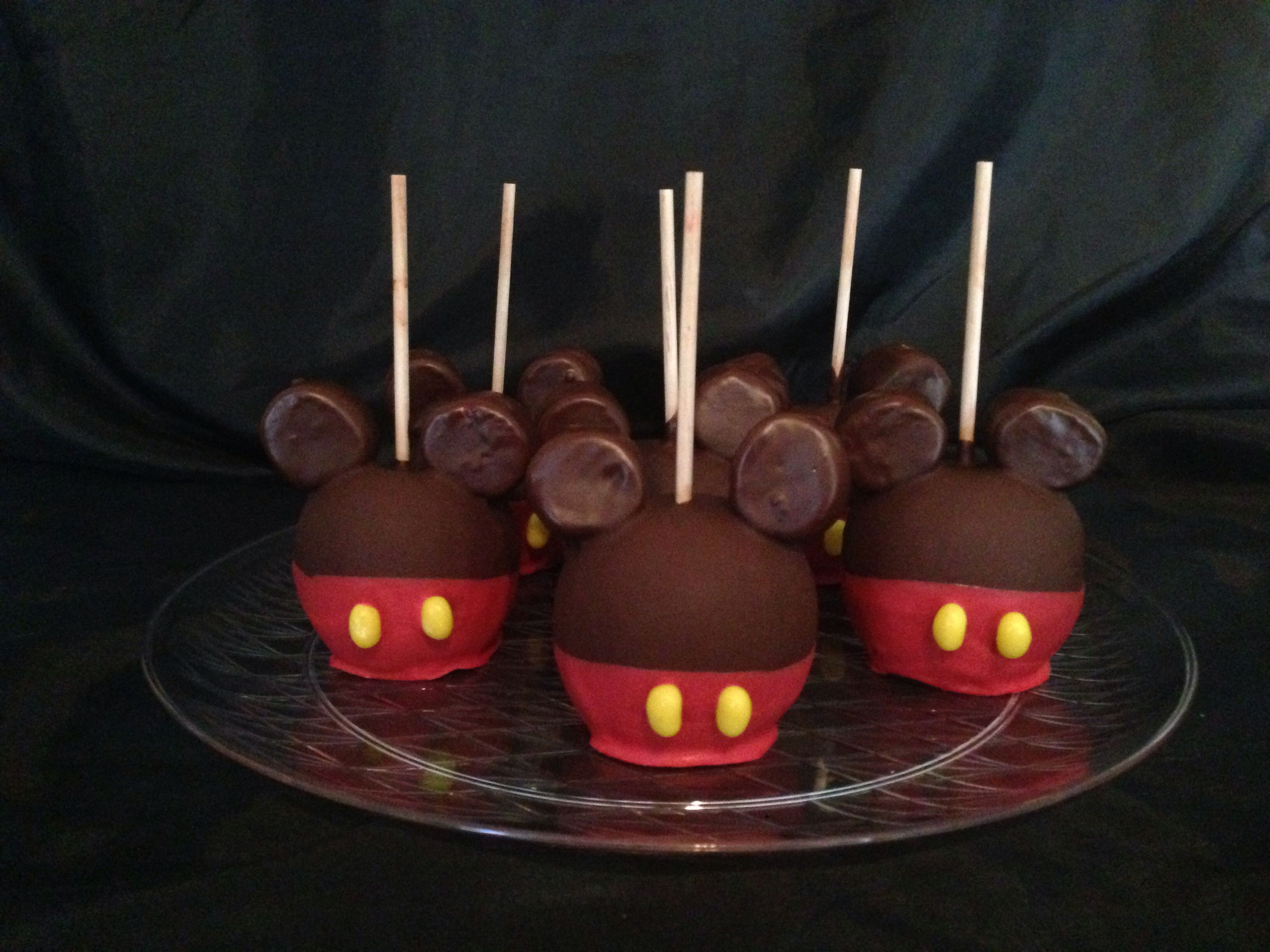 Mickey Mouse chocolate apples | Chocolate covered fruit ...