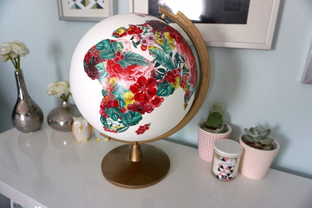 diy recycler un globe terrestre en urne de mariage wedding pinterest mariage globes and. Black Bedroom Furniture Sets. Home Design Ideas