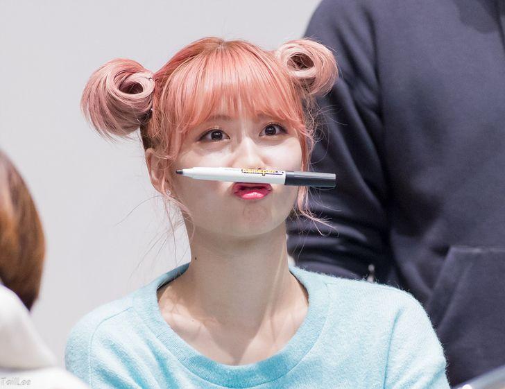 If Momo Had A Mustache Momo Creative Hairstyles Hirai Momo