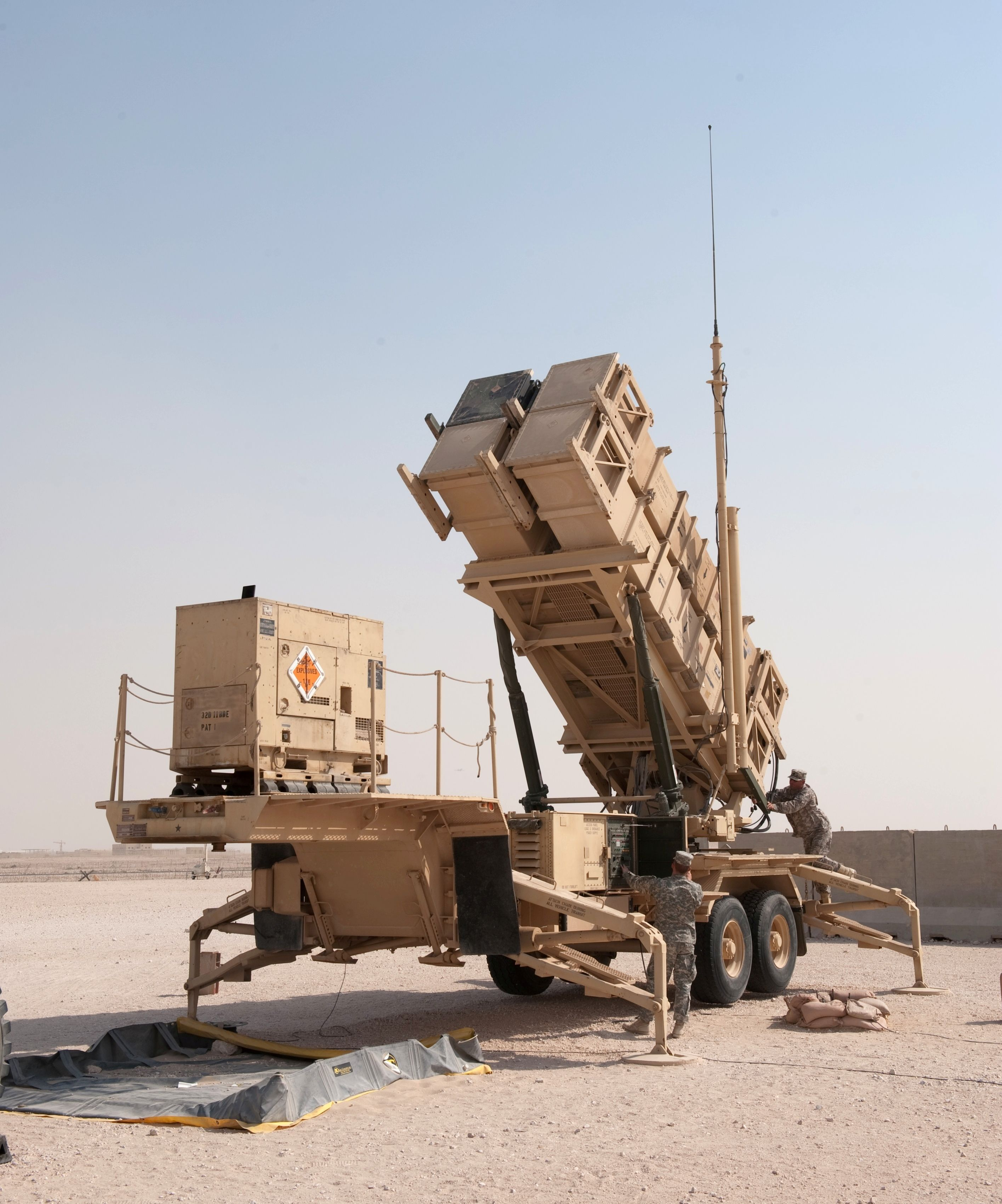 S 300 missile systems vs patriot - Us Army Soldiers Power Up A Patriot Missile System Canvas Art Stocktrek Images X