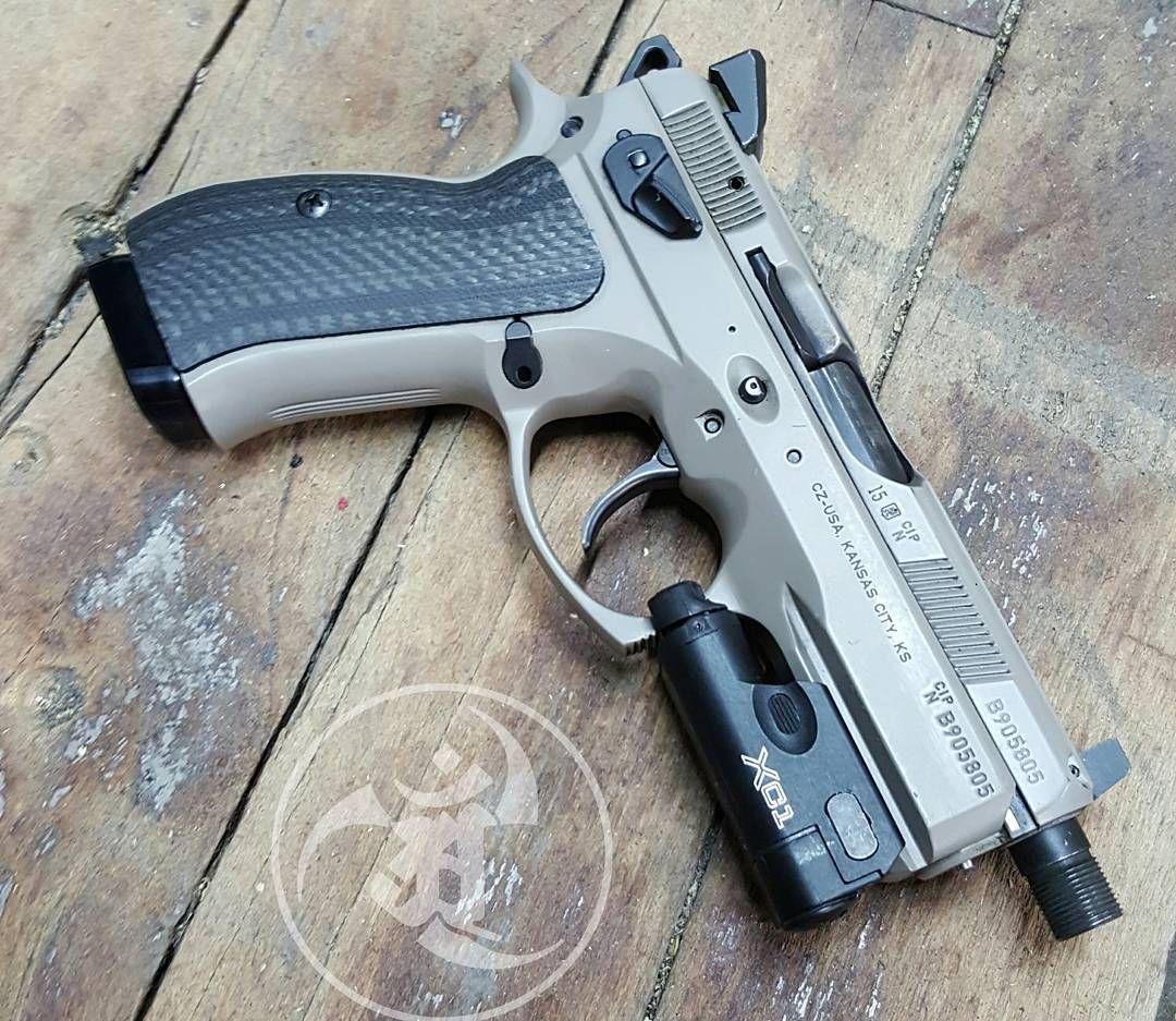 czusafirearms Urban P01 @vzgrips CF @cgw_cajunized kit