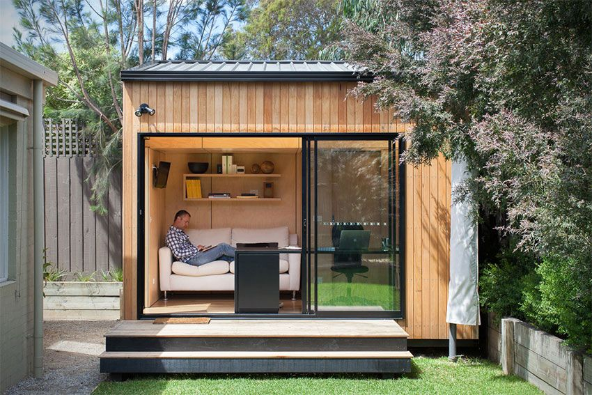 bungalow de jardin contemporain en bois avec grande baie vitr e jardins contemporains. Black Bedroom Furniture Sets. Home Design Ideas