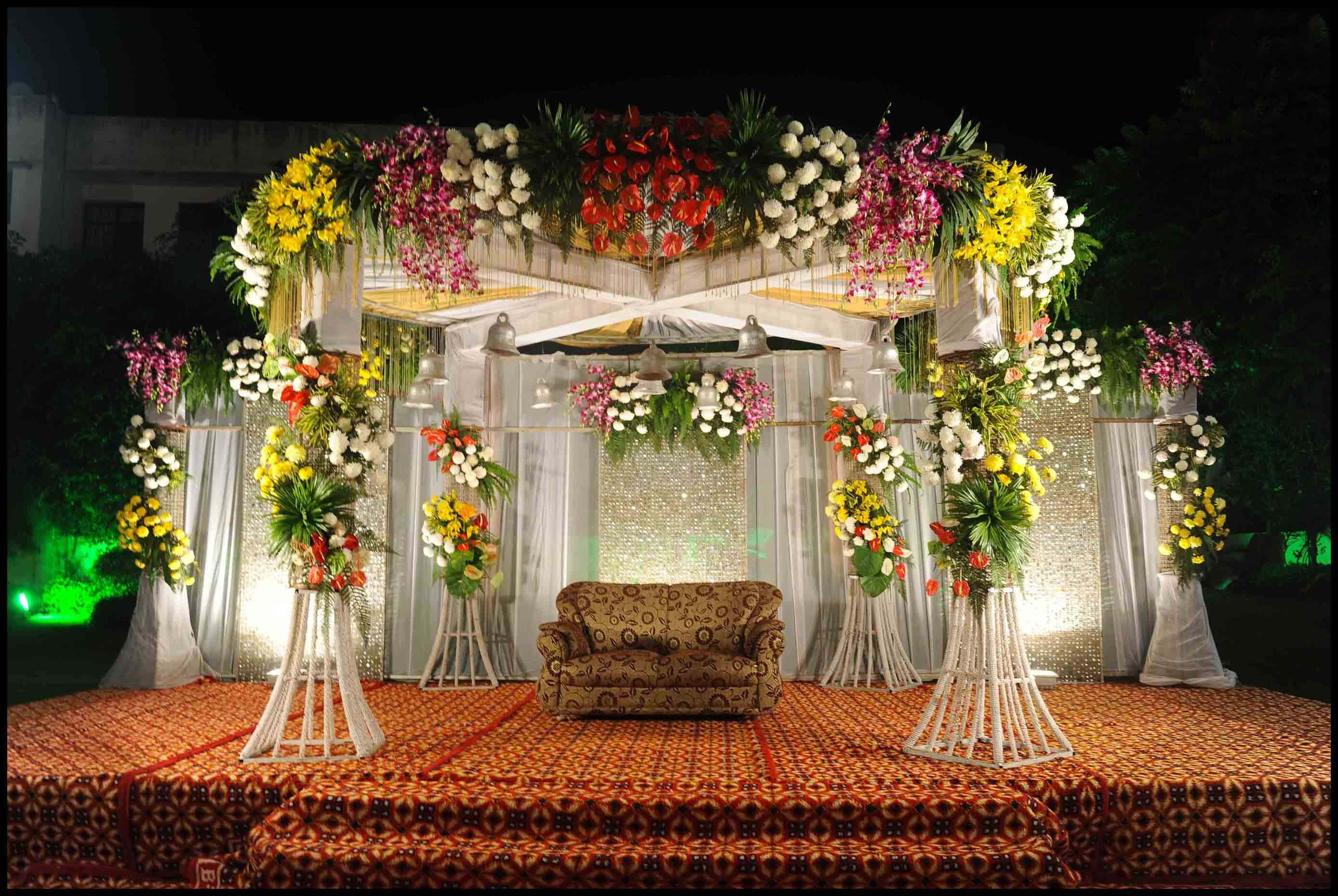 Indore events management beautiful flower stage indore for Floral wedding decorations ideas
