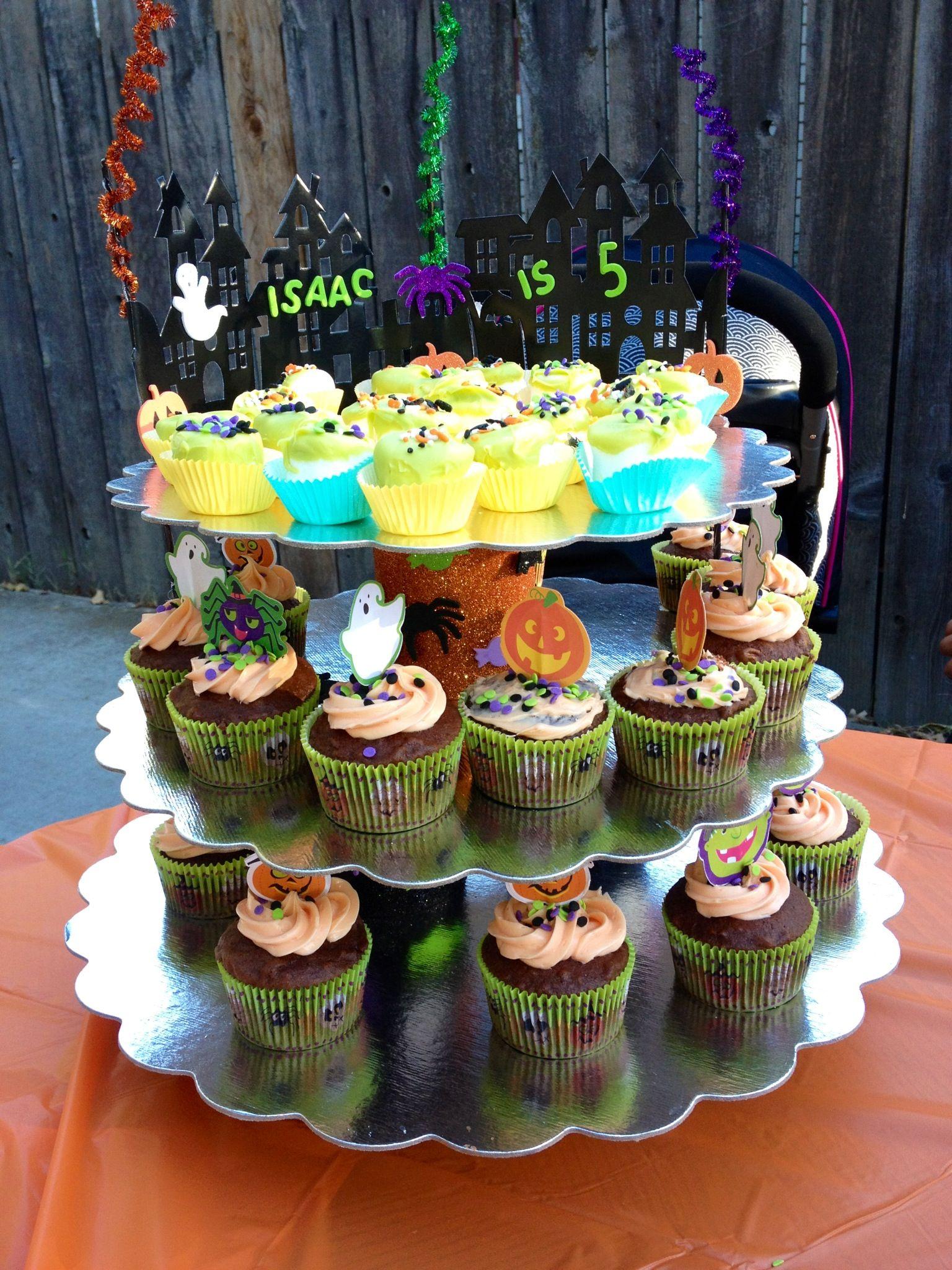 Halloween cupcake stand I made,