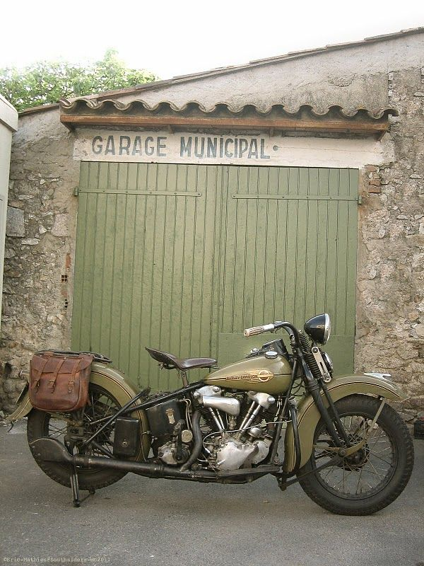 Moto Lady Vintage Harley Motorcycle Harley Davidson Motorcycles