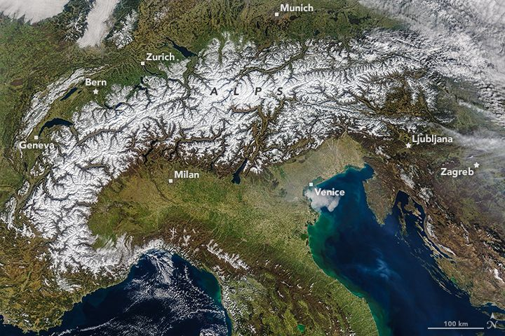 Spring Snow Cover In The Alps R Scienceimages Mountain Stream Alps Winter Storm