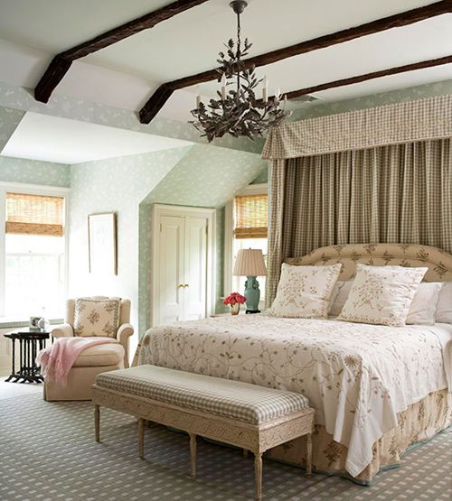 15 Wicked Rustic Bedroom Designs That Will Make You Want Them: Bedroom Decorating Ideas: What To Hang Over The Bed