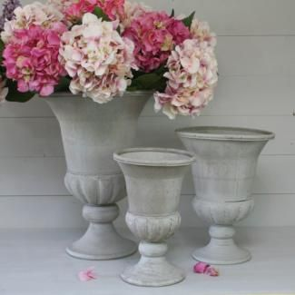 Pot medicis pomax decoration esprit jardin pomax pinterest house for Decoration jardin pot