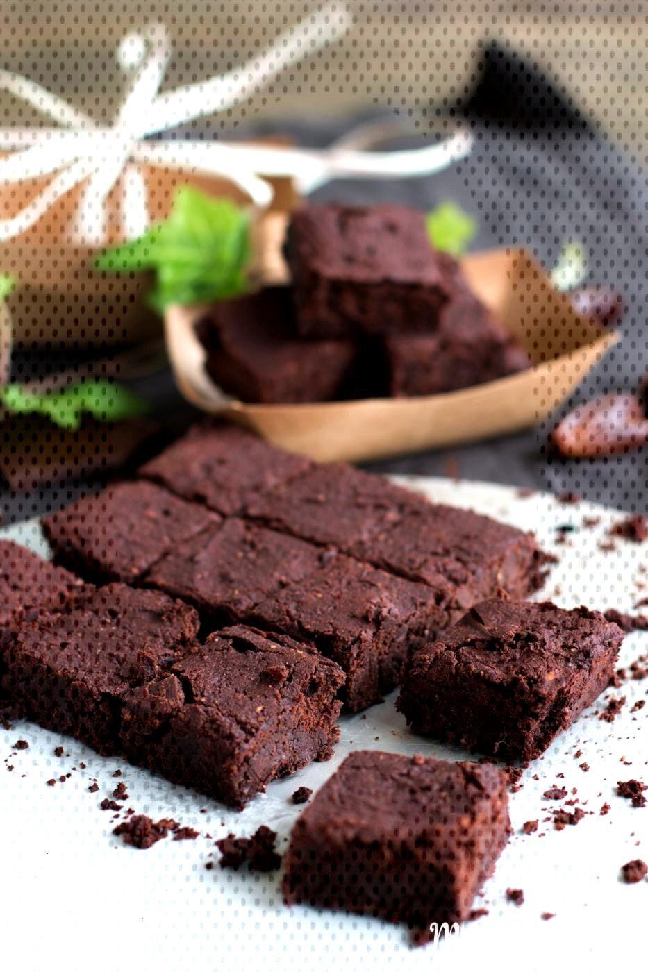 Brownies végétaliens et sans gluten sans sucre - est-ce possible? Et comment!