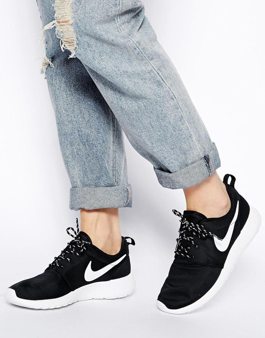 zapatillas de deporte negras rosherun de nike formatori, nero e...